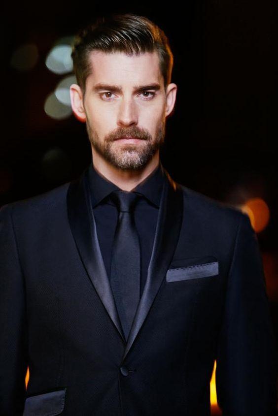 cravate noire-costume-sombre-barbe-chemise-fashion-man-gastonman